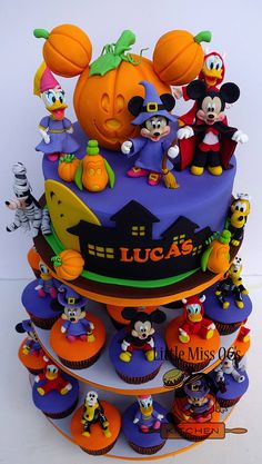 Halloween Fall Cakes 13 Ghoulishly Festive Halloween Birthday Cakes Halloween Theme Cream Design Series Butter Cream Cake At Halloween Archives& The post Halloween Theme Birthday Cake appeared first on The Cake Boutique. Mickey Halloween Party, Halloween Desserts, Halloween Cupcakes, Halloween Theme Birthday, Scary Halloween Cakes, Halloween 1st Birthdays, Bolo Halloween, Mickey Party, Halloween Treats