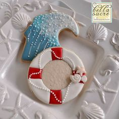 Summer beach cookies waves, life buoy, sea shells 10460461_502649563168732_6354624498535380154_n.jpg (720×720)