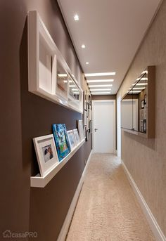 A layout solution eliminated the old walls of a central room … - Home Decoration Flur Design, Plafond Design, Küchen Design, Wall Design, House Design, Hallway Decorating, Interior Decorating, Interior Design, Corridor Design