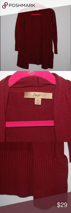 Niotto Wool Blend Cardigan Burgundy Burgundy Red Wool Blend Cardigan. Size XXS but fits me and I am an XS in athleta and small in other brands. Great condition! niotto Sweaters Cardigans