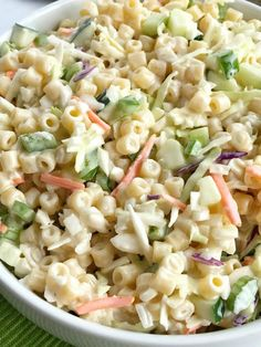 Coleslaw pasta salad is a fun twist to traditional pasta salad. Loaded with texture, taste, and fabulous crunch. This is the perfect side dish for a summer bbq, picnic, or potluck! It can be made ahead of time too. Sweet Pasta Salads, Best Pasta Salad, Pasta Salad Italian, Pasta Salad Recipes, Taco Salads, Spring Salad, Summer Salads, Summer Bbq, Coleslaw Salad