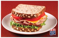 This classic Canadian Club features a variety of Natural Selections™ deli meat layered atop fresh lettuce and tomatoes slices. Add maple and mustard flavoured bacon pieces and serve on Dempster's® WholeGrains™ Canadian Grains Bread! Gourmet Sandwiches, Roast Beef Sandwiches, Easy Food To Make, Quick Easy Meals, Canadian Food, Canadian Recipes, Good Food, Yummy Food, Juicy Steak