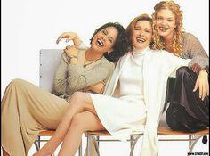 Star Trek Voyager - Women of Voyager Seasons 1 to 3. Roxann Dawson (Lt. B'Elanna Torres), Kate Mulgrew (Capt. Kathryn Janeway), and Jenifer Lien (Kes).