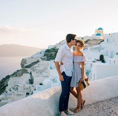 Feeling like summer in Santorini, Greece with this month of Julys Look Box! Full of surprise jewelry and maybe more! Cavo Tagoo Mykonos, Shooting Couple, Romance, Photo Couple, Gal Meets Glam, Greece Travel, Greece Trip, Travel Couple, Couple Photography