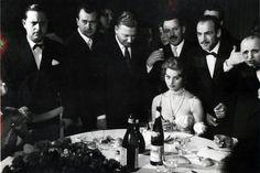 https://flic.kr/p/9ZJLtt | Sophia Loren | Merano, 1958  Sophia Loren, nome d'arte di Sofia Villani Scicolone (Roma, 20 settembre 1934), è un'attrice e cantante italiana.