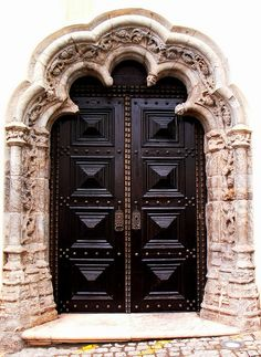 the side entrance, C architecture is an arts of love