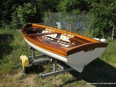 Barque en bois Drivet, Le Bourget