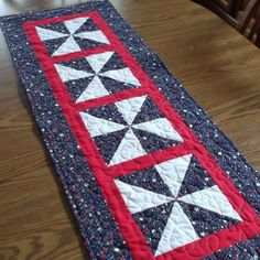120 Patriotic Table Runners Ideas Table Runners Quilted Table Runners Patriotic Quilts