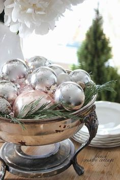 50 Christmas Home Decorating Ideas - Beautiful Christmas Decorations French Country Christmas, Cottage Christmas, Shabby Chic Christmas, French Country Cottage, Christmas Kitchen, Silver Christmas, Noel Christmas, French Country Decorating, All Things Christmas
