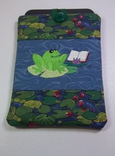 Kindle Cover by PatsysPatchwork on Etsy,