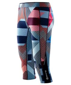 A200 Women's Compression 3/4 Tights. Real power dressing is well and truly back.  #SKINS #bestincompression #performance #recovery #equipment