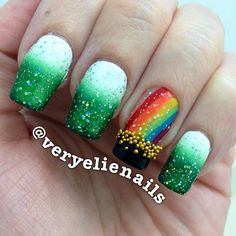 Nail art Christmas - the festive spirit on the nails. Over 70 creative ideas and tutorials - My Nails St Patricks Day Nails, St. Patricks Day, Saint Patricks, Holiday Nail Designs, New Nail Designs, Patrick Nagel, Seasonal Nails, Holiday Nails, Christmas Nails