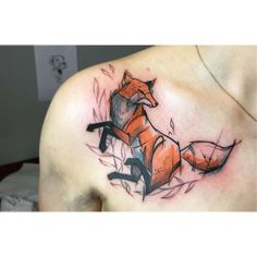 dope geometric fox tat from shoulder to the chest
