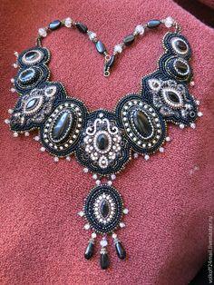 """Купить Колье """"Торжество"""" - черный, украшение на шею, украшения ручной работы, украшения из бисера"""