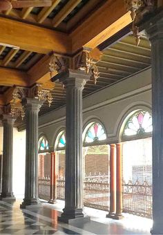 Travels of Wonder and Discovery:  A First Look at the historic and seldom-viewed Mansions of Chettinad and The Bangala hotel, a great fin...