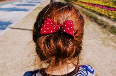 love this <3 it sorta reminds me of minnie mouse :)