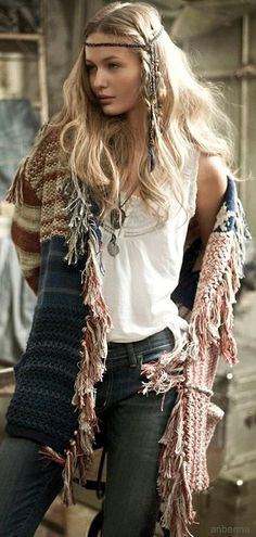 Hippie chic fringe kaftan for a boho chic style. FOLLOW http://www.pinterest.com/happygolicky/the-best-boho-chic-fashion-bohemian-jewelry-gypsy-/ for the BEST Bohemian fashion trends in clothing & jewelry.