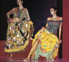 Miami Collection | Gianni Versace Lookbook NR. 24 | RTW S/S 1993 — with Helena Christensen