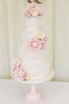 Dentelle gâteau de mariage