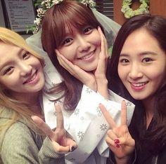 少女時代のメンバーたちがスヨン主演のMBC水木ドラマ「私の人生の春の日」の撮影現場に訪れた。スヨンは30日、自身のInstagram(写真共有SNS)に「ドラマ撮影現場で女神たちのミーティング。監督… - 韓流・韓国芸能ニュースはKstyle