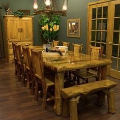 rustic christmas decorating rooms pictures | Round Dining Table Decor Photograph | Round Dining Room Tabl
