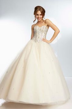 Perfect Champagne Floor-Length Sweetheart Organza Lace-up Ball Gown Prom Dress