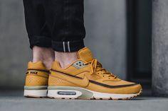 "4c29b9a1156 NIKE Air Max BW ""Wheat"". Sapatos FemeninosTênis ExclusivosAdidas ..."