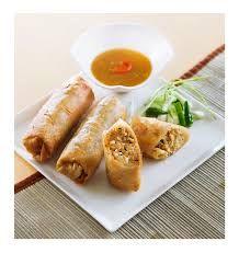 Lumpia adalah cemilan khas Semarang, isinya terdiri dari bambu muda(rebung) pilihan yang renyah, udang segar & telur