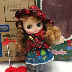 Nana's Little Lass Middie Blythe Doll USA SELLER Complete with Box & Shipper  #TakaraTomy