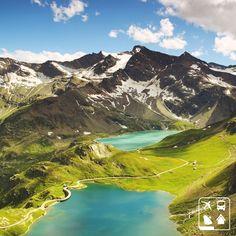 Esse é o lago Agnel, localizado na na província de Torino, Itália.