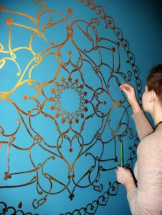 paint mandala on the wall