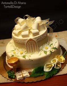 daisies on the cake