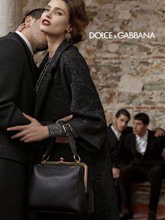 Total black look, Dolce & Gabbana Woman FW 2013 14 l #lace #tweed