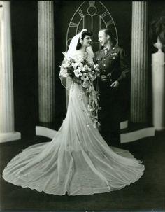 Military Wedding portrait. (1944 to 1945) Vintage Wedding Photography, Vintage Wedding Photos, Wedding Dresses Photos, Vintage Bridal, Dream Wedding Dresses, Vintage Weddings, Wedding Pictures, Army Wedding, Wedding Bride