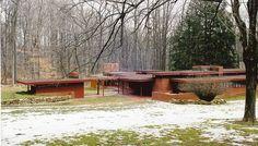 James B. Frank Lloyd Wright Buildings, Frank Lloyd Wright Homes, Usonian House, Rectangular Living Rooms, Adams Homes, Prairie House, New Architecture, Flat Roof, Built Environment