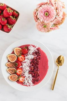 Blush Berry Smoothie Bowl