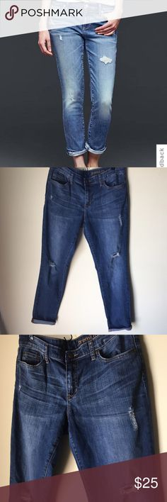 """Gap Jeans Destructed Best Girlfriend jeans. Gently loved. Inseam 30"""" when unrolled. GAP Pants Ankle & Cropped"""