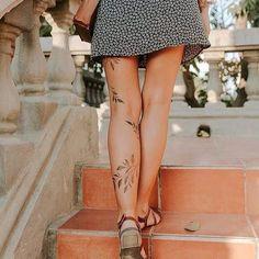 Tattoo Calf, Botanisches Tattoo, Piercing Tattoo, Piercings, Tattoo Legs, Pride Tattoo, Lotus Tattoo, Tattoo Flash, Leg Tattoos Small