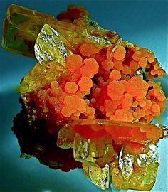 Mimetite over Wulfenite - Translucent Mimetite balls on Wulfenite crystals, Mexico·