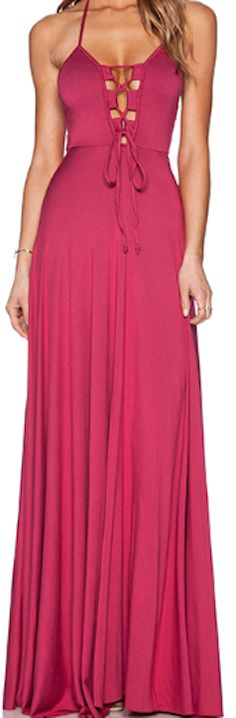 Beautiful neckline to this long maxi dress