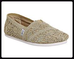 Toms Classic Damen Schuhe Gold for sale Blue Flats, Blue Shoes, Navy Espadrilles, Metallic Flats, Toms Classic, Gold For Sale, Crochet Shoes, Partner, Slip On Shoes