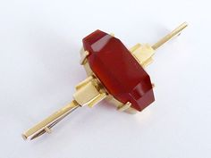 Did you know that the Carnelian gemstone is the astrological birthstone for Leo and Virgo? ✨ Pictured is a Art Deco 9ct Gold Carnelian Bar Brooch in fabulous vintage condition   Available and on sale on the #Beryllane website. Link in bio ☝  #vintagepin #gemstone #carnelian #broochoftheday #vjewelry #artdecojewelry #goldjewelry #9ctgold #brooch #vintagebrooch #antique #jewelryaddiction #jewelryporn #antiquejewellery #jewelry #jewellery #jewelrylovers #jewelryofig #instajewelry #jewelrygee...