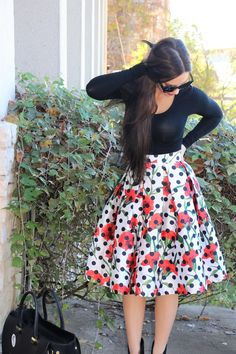 midi skirt, midi skirt outfits, patterned midi skirts, stylish skirts, roses, rose print skirts, how to style your midi skirt, midi skirt inspo, fall fashion, fall outfits, skirts for women, trendy outfits for women, fashionable outfits for women, how to style your black top, simple outfits for women, fall fashion 2017, fashion 2017, christmas outfits, winter outfits, fashion blogger, fashion blogger outfits Midi Skirt Outfit, Midi Skirts, Cute Skirts, Skirt Outfits, Fashionable Outfits, Simple Outfits, Trendy Outfits, Winter Outfits, Fashion Fall