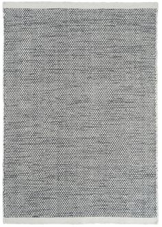 Matta Asko, en stilren handvävd ullmatta från Linie Design. Mattan finns i olika storlekar och i flera nyanser.