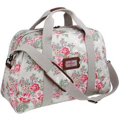 Wish I could have this Cath's bag for daily... :) ♥ love with the simple style girly flowery theme.
