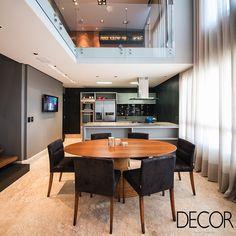Apartamento com projeto de interiores assinado pela arquiteta Elaine Gonzalez, do escritório Umm – Arquitetura de Interiores, ganha automatização.