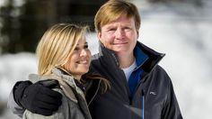 Koninklijke familie poseert voor jaarlijkse fotosessie in Lech