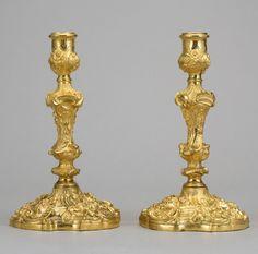 Par de casticais Ingleses em bronze gilded a ouro da primeira metade do sec.19th, 26cm de altura, 5,950 USD / 5,290 EUROS / 22,280 REAIS / 37,780 CHINESE YUAN https://soulcariocantiques.tictail.com
