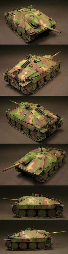 German Jagdpanzer 38(t) Hetzer 1/35 Scale Model