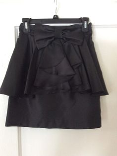 Forever 21 NWT peplum skirt.  Size small.  $20 shipped in U.S.